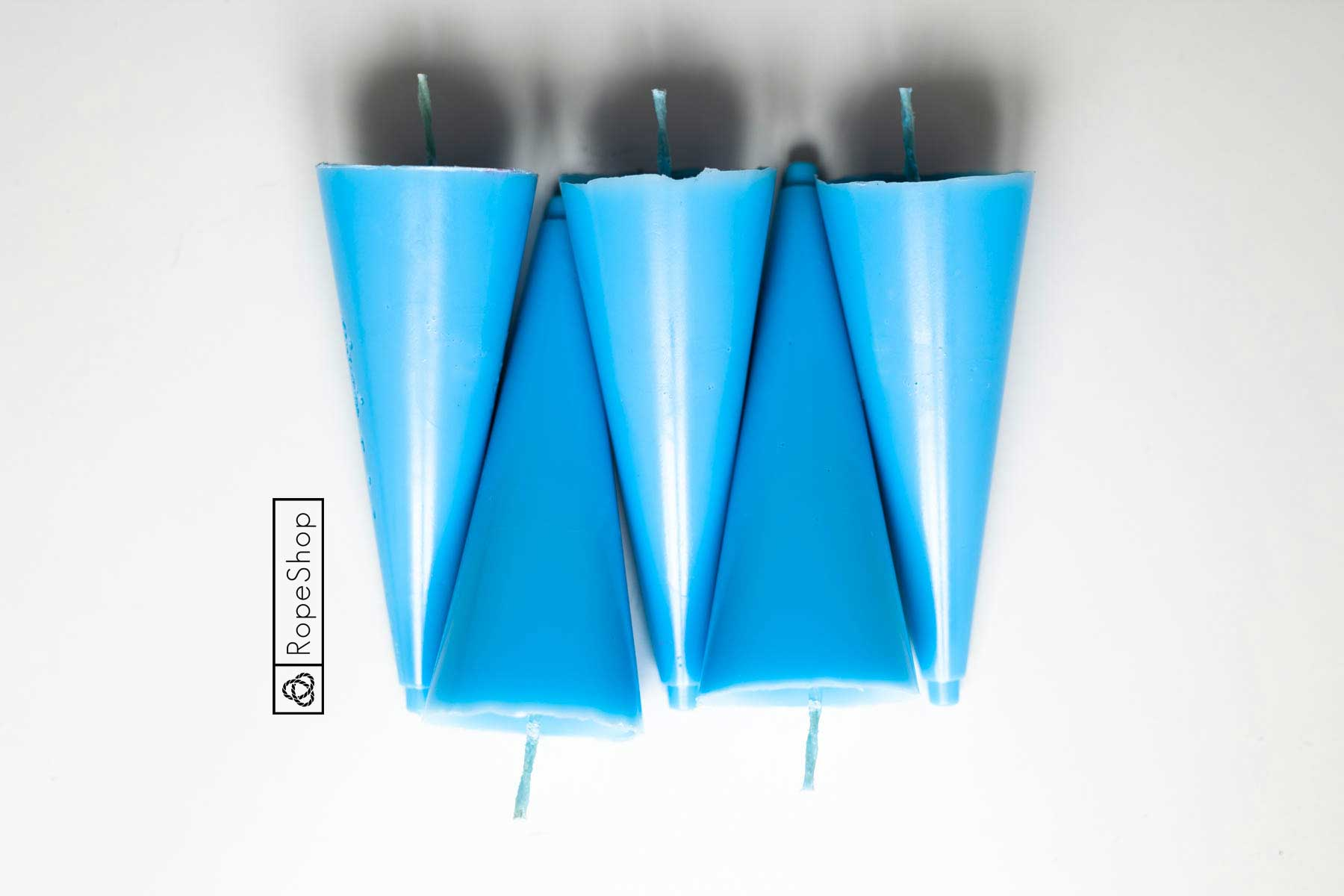 Свеча парафиновая окрашенная, голубая пастель